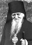 Например, такой случай: подавая архиерею умываться во время литургии, пономарь вдруг с.